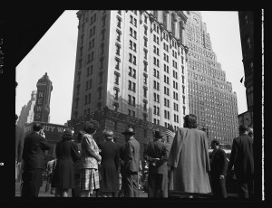 """The iconic """"zipper"""" display, or Motogram as was known at the time, showed breaking news on the facade of the New York Times building in 1928."""